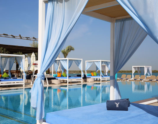 Crowne_Plaza_Abu_Dhabi_Yas_Island_-_Pool.jpg