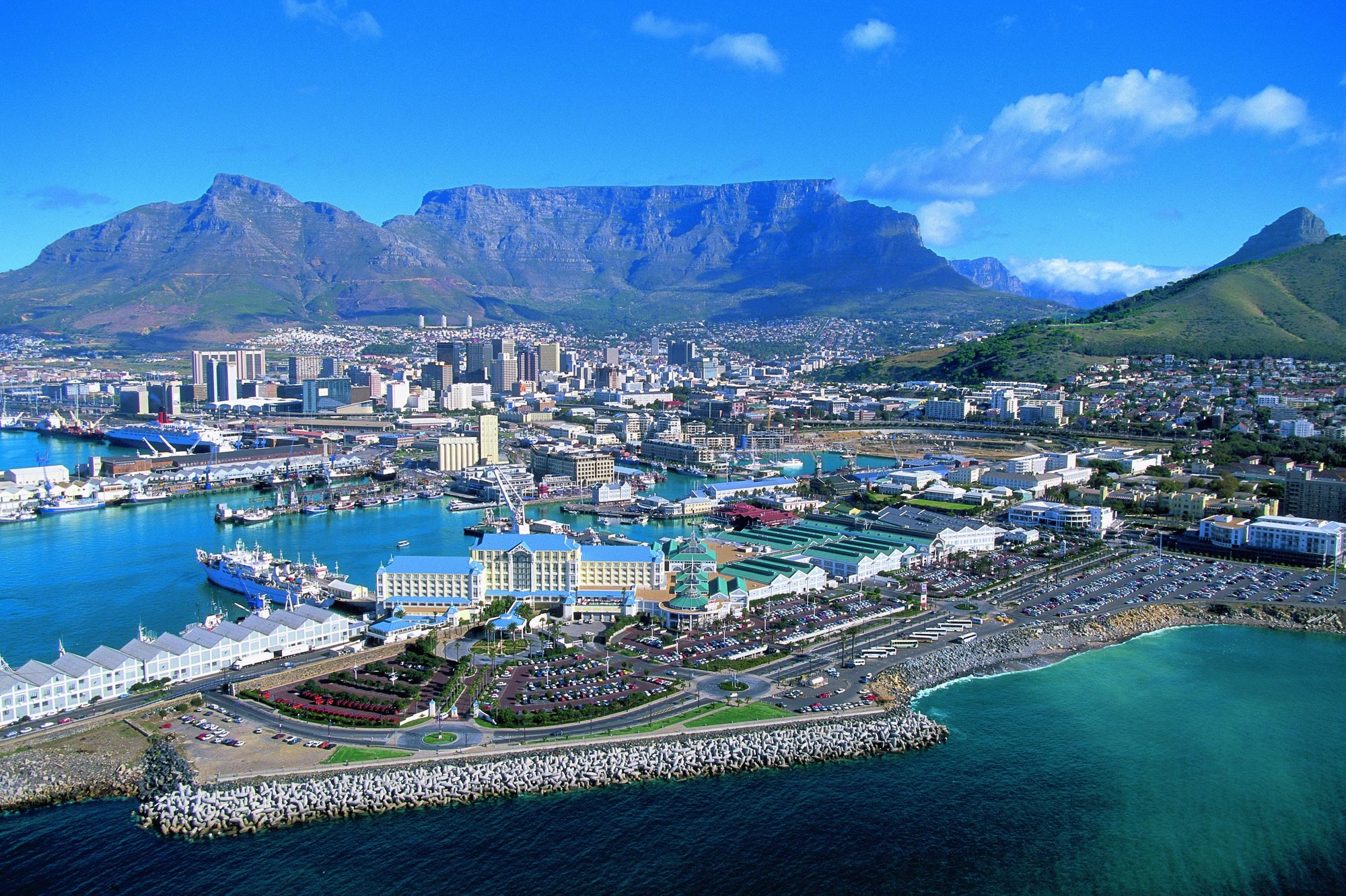 Luxury Cape Town, Game & Sun City Holidays