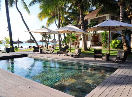 Sakoa-Boutik-Hotel-Mauritius_swimming-pool.jpg
