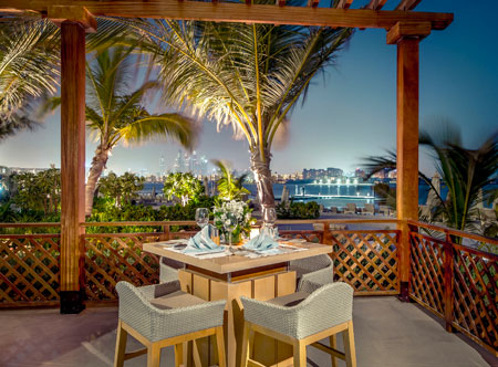 Waldorf-Astoria-Dubai-Palm-Jumeirah_Palm-Avenue-terrace.jpg