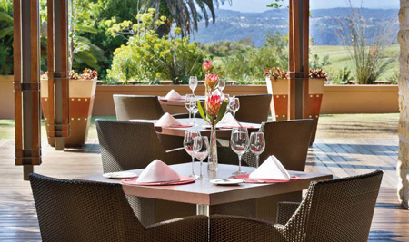pezula-restaurants-zacharys-exterior.jpg