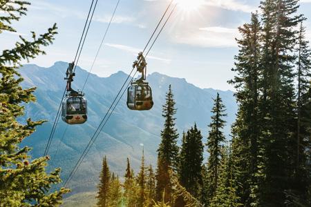 Banff_Gondola_exterior_001.jpg