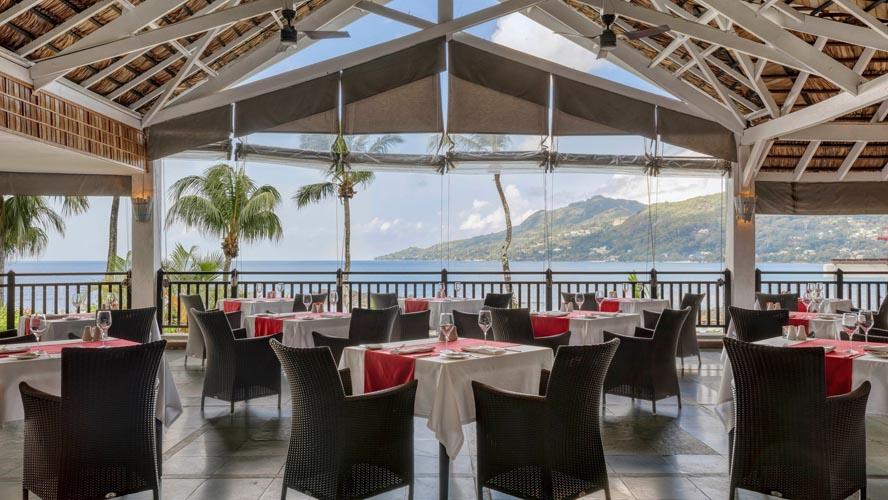 Le-Meridien-Fishermans-Cove-cardinal-restaurant-1040-hor-wide.jpg