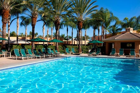 Sheraton-Park-at-the-Anaheim_pool-2.jpg
