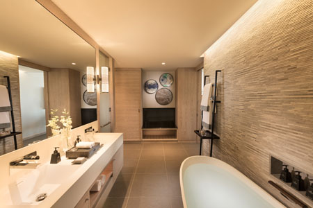 Anantara_Iko_Mauritius_Resort_And_Villas_Guest_Room_Premier_Garden_View_Room_Twin_Room_Bathroom.jpg
