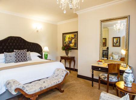 Ivory-Manor_premier-suite.jpg