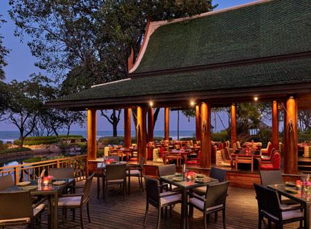 Hyatt-Regency-Hua-Hin_56-TalayThai-Restaurant-Deck.jpg