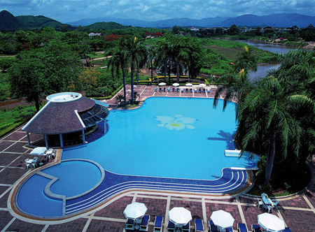 Dusit Island Resort Pool