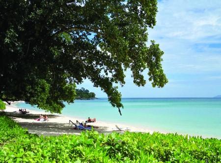 14812_3_Berjaya_Beau_Vallon_Beach.jpg