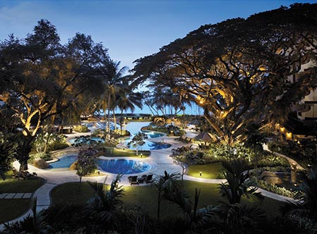 Shangri-Las_Rasa_Sayang_Resort_-_Garden_Wing_Pool,_Evening.jpg