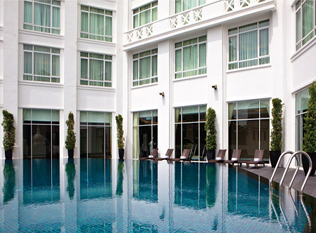 The_Majestic_Hotel_Kuala_Lumpur_-_Swimming_Pool.jpg