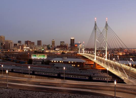 Nelson_Mandela_Bridge_shutterstock_29445652.jpg