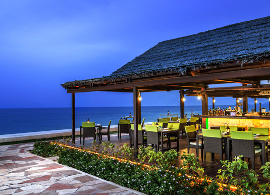 Fujairah-beach-bar.jpg