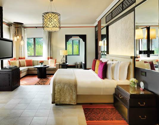 Madinat_Jumeirah_Dar_Al_Masyaf_-_Arabian_Summerhouse_Arabian_Deluxe_Room.jpg