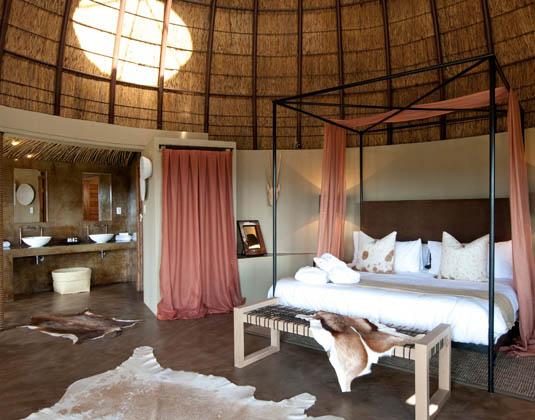 Gondwana_-_Kwena_Honeymoon_Suite.jpg