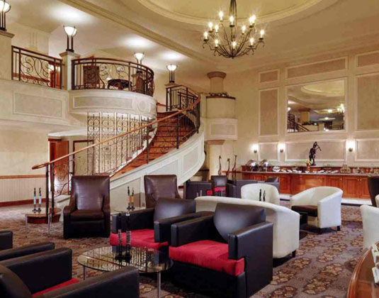 Sheraton_Pretoria-_Club_Lounge.jpg