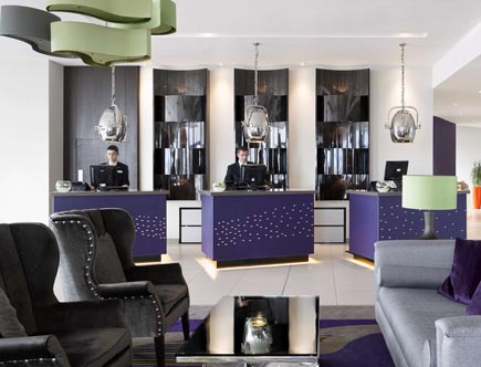 Radisson-Blu-Waterfront_reception.jpg