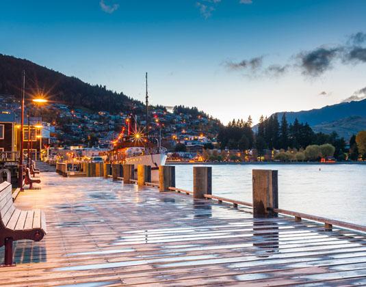 Lake_Wakatipu_Queenstown.jpg