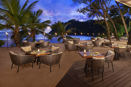 Avani_Seychelles_Barbarons-Tamarind_Restaurant_outside.jpg