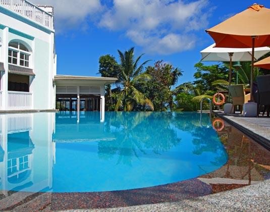 Hotel_LArchipel_-_Pool_Terrace.jpg