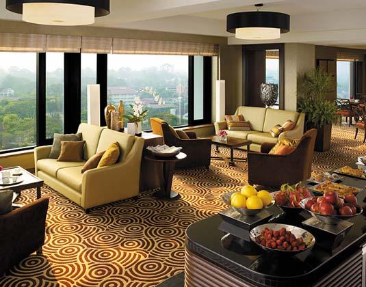 Shangri_La_Chiang_Mai_-_Horizon_Club_Lounge.jpg
