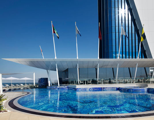 Burj_Al_Arab_-_Pool.jpg