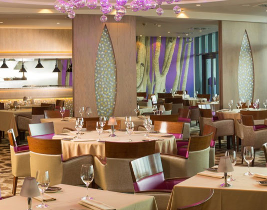 Royal_Yacht_-_Sirocco_Restaurant.jpg