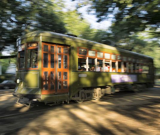 New_Orleans_Streetcar_Tram.jpg
