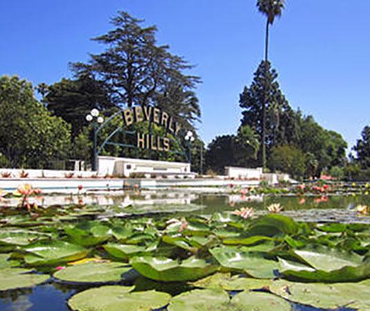 LA,_Beverly_Hills_sign.jpg