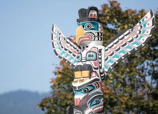 Vancouver_-_Stanley_Park_Totem_Pole.jpg