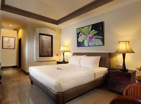 Puri_Santrian_-_Superior_Room.jpg