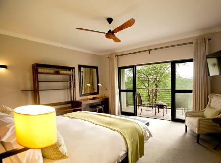 Ilala_Lodge_-_Deluxe_Room.JPG