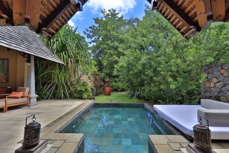 Maradiva_Luxury_Suite_Pool_Villa_-_Exterior_5.jpg