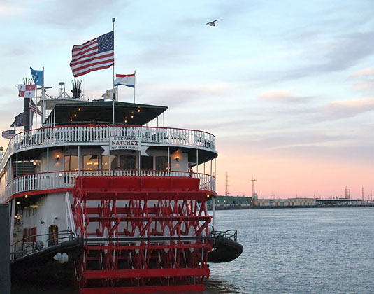 New_Orleans_Highlights_Steamboat_Natchez.jpg