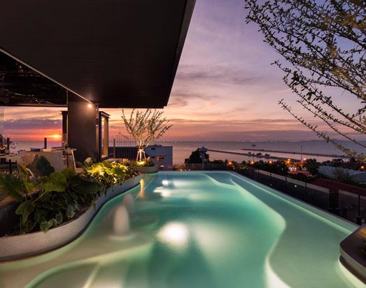 X2_Vibe_Pattaya_Seaphere_Residence_-_Pool.jpg