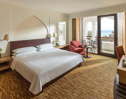 Shangri-La_Barr_Al_Jissah_-_Al_Bandar_-_Deluxe_Seaview_Room.jpg