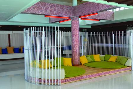 Baan_Samui_Resort_-_Relax_Room_1.jpg