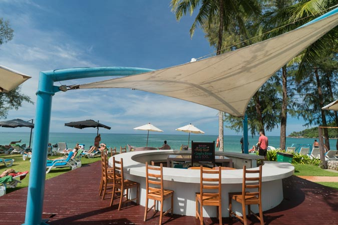 Briza-Khao-Lak-Beach-Bar-5.jpg