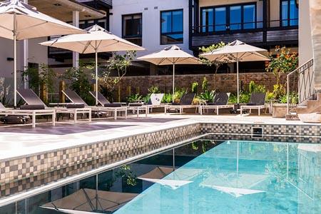 aha-The-Rex-Hotel_pool-area.jpg
