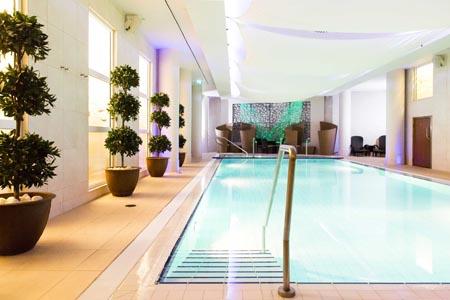 The-Royal-Yacht-Spa-Sirene-pool.jpg