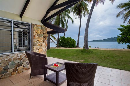 Plantation-Island_terrace-of-beachfront-bure.jpg