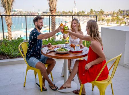 Rove-La-Mer-Beach_dining-outside.jpg