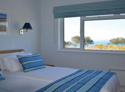 9061_6_Highlands_bedroom.jpg