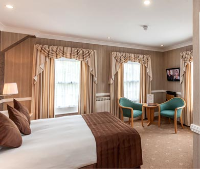 La-Villette_Hotel_Rooms-2.jpg