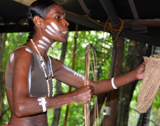 Aboriginal_woman.jpg