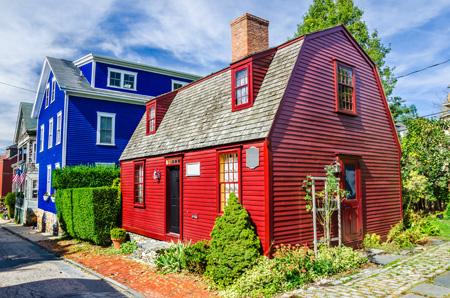 Newport,_Rhode_Island_shutterstock_159826481.jpg