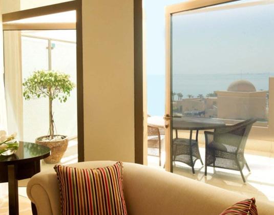 St_Regis_Doha_-_Grand_Deluxe_Room_withTerrace.jpg