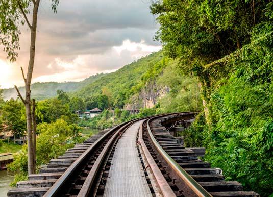 River_Kwai_Railroad_shutterstock_356674385.jpg
