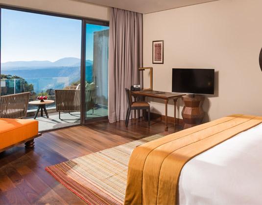 Anantara_Al_Jabal_Akdar_Resort_-_Canyon_View_Room.jpg