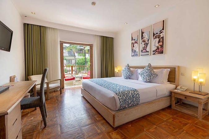 Blu-Zea-Resort-by-Double-Six_superior-room.jpg